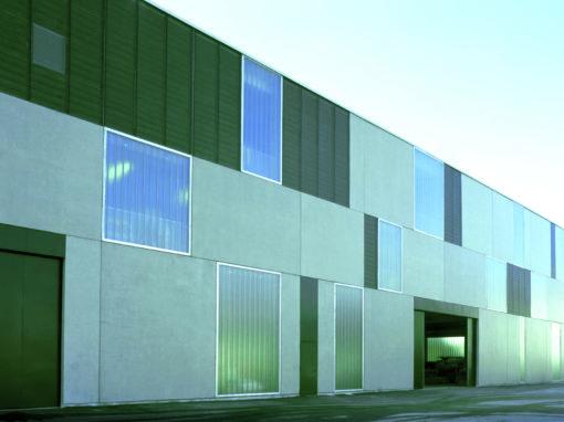 Bureaux et lieux de stockage d'un centre technique municipal, rue Bataille 69008 Lyon